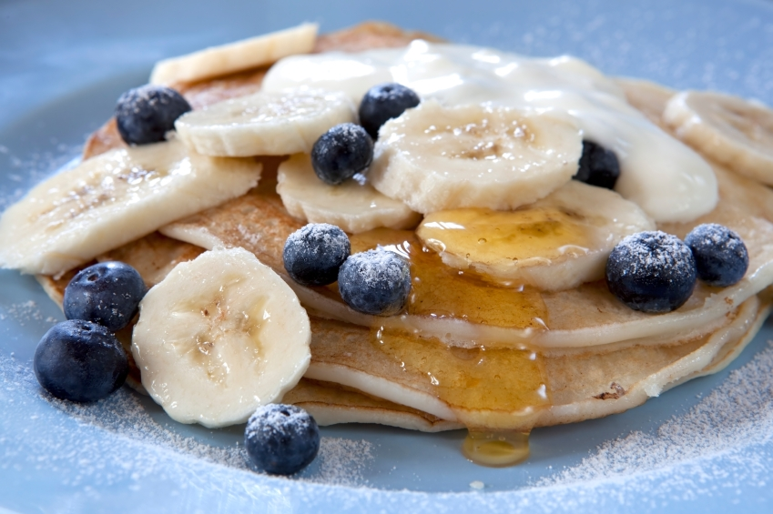 Banana and blueberry pancakes_iStock_000015713496Small