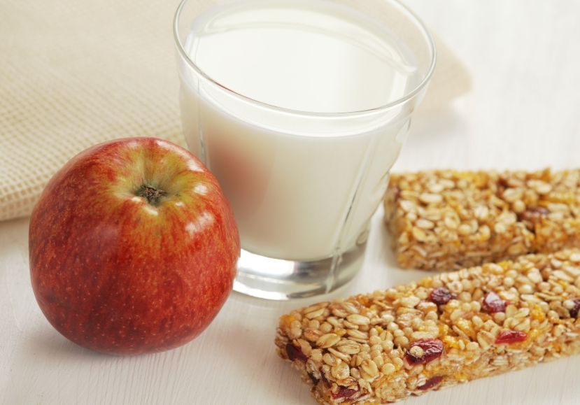 Healthy snack_iStock_000020585703Small