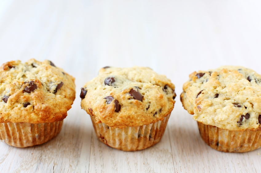 Chocolate chip muffin_iStock_000017896932Small
