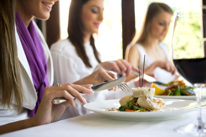 Comment bien manger au restaurant nautilus plus nautilus plus - Comment couper la faim sans manger ...