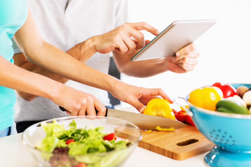 Couple cooking healthy meal