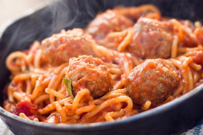 spaghetti aux boulettes de viandes nautilus plus nautilus plus. Black Bedroom Furniture Sets. Home Design Ideas