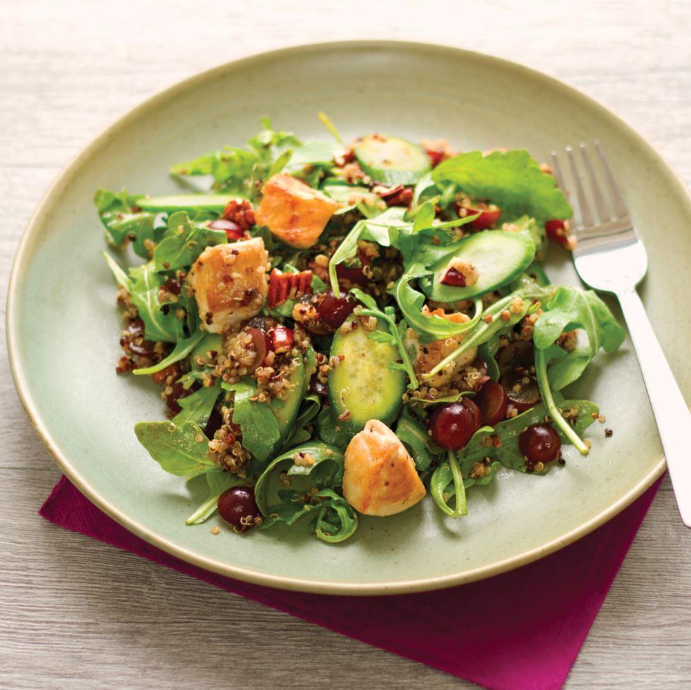Salade de quinoa au poulet et aux raisins