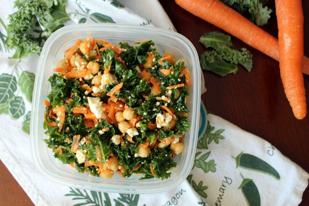 salade de kale et pois chiches