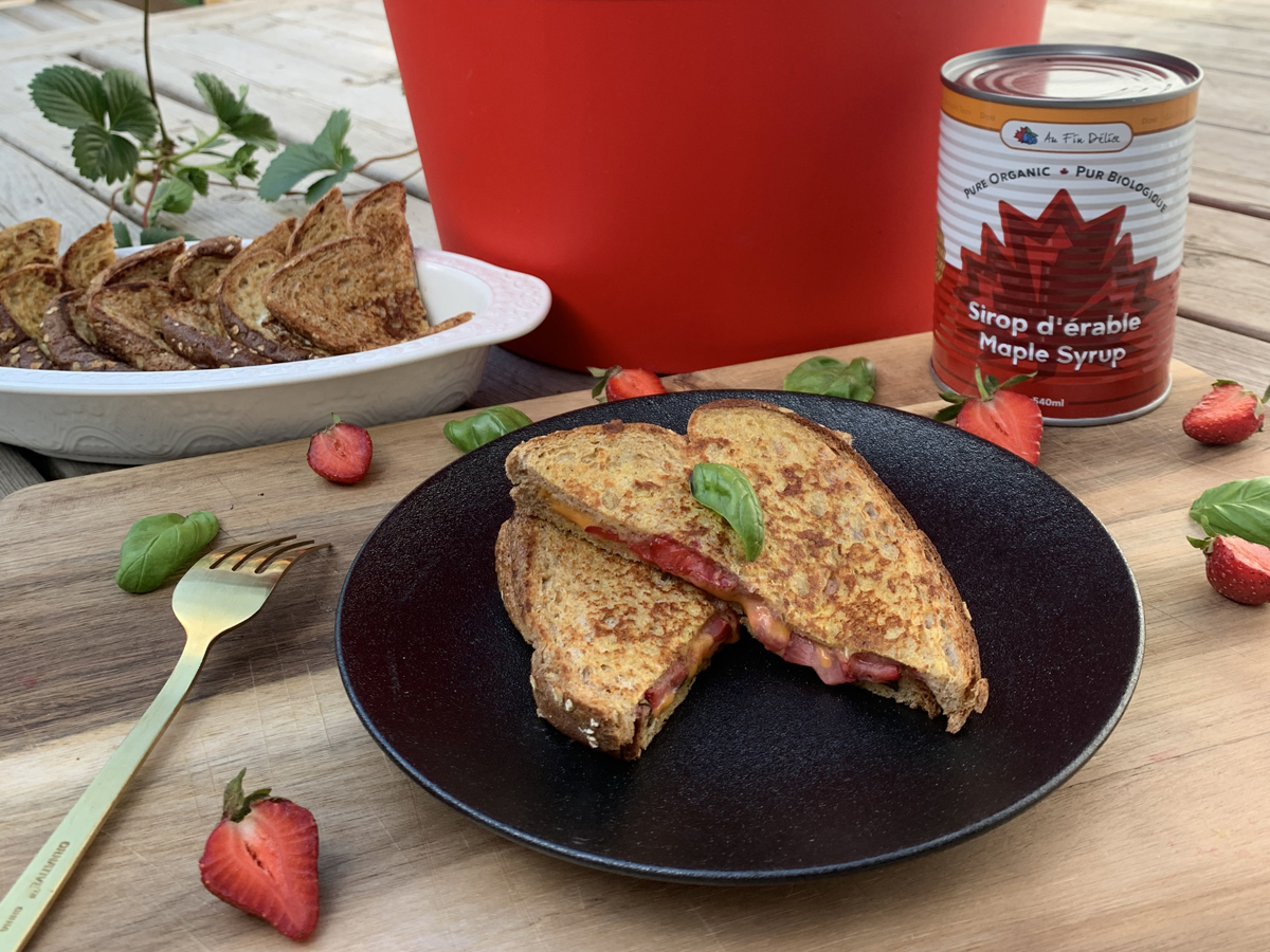 Sandwich déjeuner sucré fraises & basilic